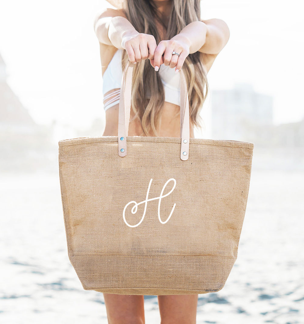 Monogrammed Tote Bag Wedding Gift Bridal Tote Bag Cute Valentines gift Unique Gift for her Bridal Party Gifts Bridal Party